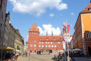 Neue Waag am Haidplatz