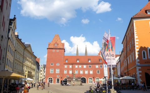 Neue Waag am Haidplatz Regensburg