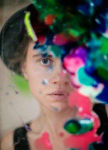 Die Künstlerin Maria Agureeva