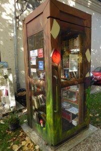 Bücher-Telefonzelle in Stadtamhof