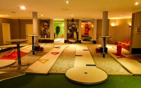 Indoor Minigolf