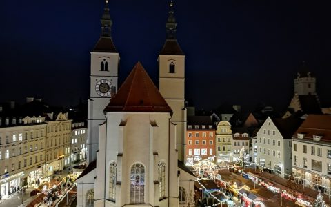 Neupfarrplatz Christkindlmarkt Regensburg
